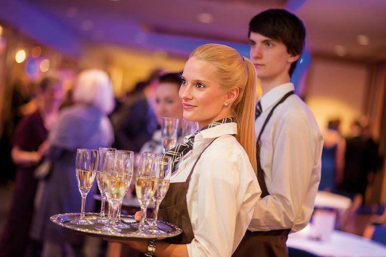 Hotelkaufleute-Jobs-Freizeit-in-Goettingen-Ausbildungsplatz